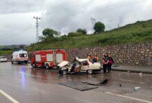 Photo of Sinop'ta kamyonetle otomobil çarpıştı: 1 ölü