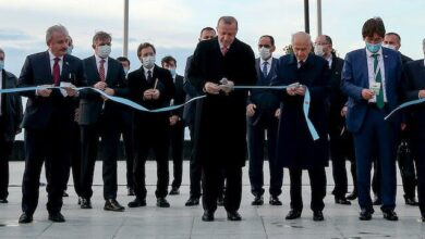 Photo of Cumhurbaşkanı Recep Tayyip ERDOĞAN ile MHP Lideri Devlet BAHÇELİ, Demokrasi ve Özgürlükler Adası'nın Açılışını Yaptı.